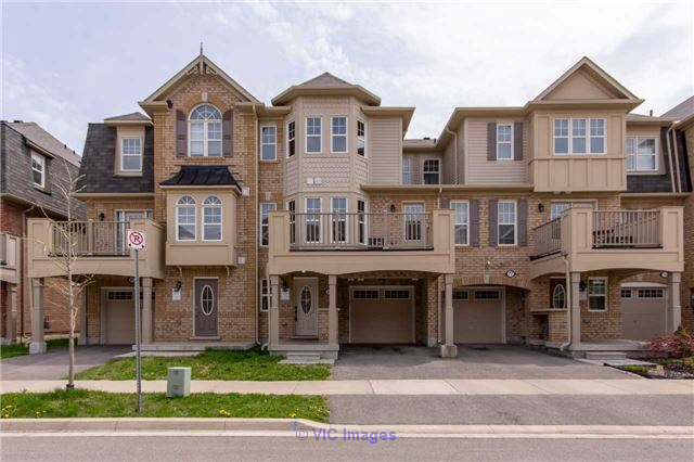 2 Bedroom Freehold Energy Star Townhouse Home for Sale in Milton Toronto - GTA, Ontario Classifieds