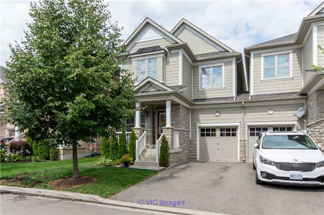 3 Bedroom End Unit Town Home for Sale in Scott, Milton Toronto - GTA, Ontario Classifieds