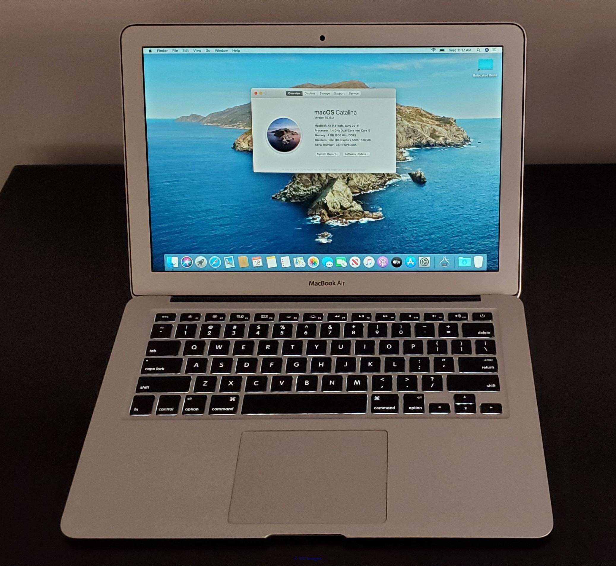MacBook Air 13 inch 2014 mint continition toronto